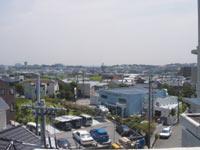 屋上からの風景。生駒山が見えるのですが…
