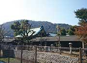 石清尾八幡宮と峰山
