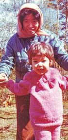 母と頻繁に森でキノコやベリー摘みを