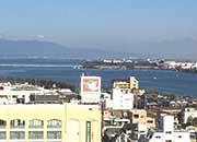 屋上から見える琵琶湖