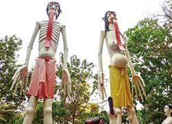 初めて訪れた地獄寺、ワット・ムアン(タイ・アーントーン県)