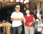 サンチャゴ巡礼のシンボル ほたて貝と杖を売る店