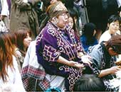 64歳のころ。東京代々木公園のイベントの時のカムイノミ(神の祈り)