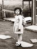 7歳。小学校の遠足にて