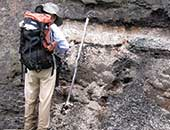 2010年ごろ、カナダで首長竜の化石が出る地層を調査しているところ