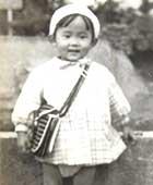 3歳のころ。よく遊んだ近所の広場で
