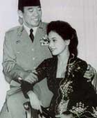 1961年、大統領官邸、ムルデカ宮殿にて