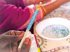 バングラデシュの女性たちがつくるキラキラペン