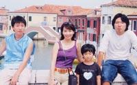 家族旅行での一場面。 左より昇平、アグネス、協平、和平