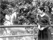 中学生のころ、自宅近くの多摩川にて