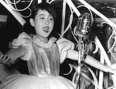 進駐軍で歌い始めた6歳のころ