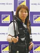 2012年9月、ALSOK新商品・新サービス発表会の記者会見に制服姿で登場。所属企業のPRにも積極的に貢献している