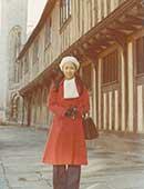 1975年ごろ。英国ケンブリッジ大学客員研究員。シェークスピア生誕の家