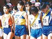 全日本大学女子駅伝対校選手権大会にて。大学2年生のころ。左から2番目が本人