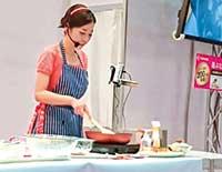 2019年に開催された料理ショーで福神漬け料理を紹介