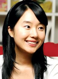 イ・ジョンヒョンさん/歌手・女優
