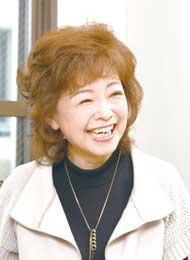 中村 美律子さん/歌手