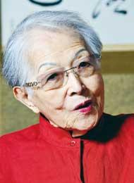 塩月 弥栄子さん/茶道家
