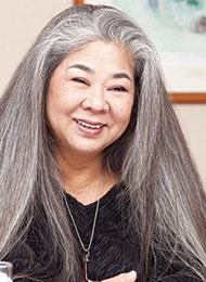 古謝 美佐子さん/沖縄民謡歌手