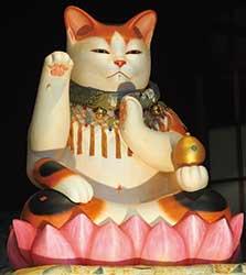 『薬師猫神様』大嶋山瑠璃寺(長野県高森町)所蔵